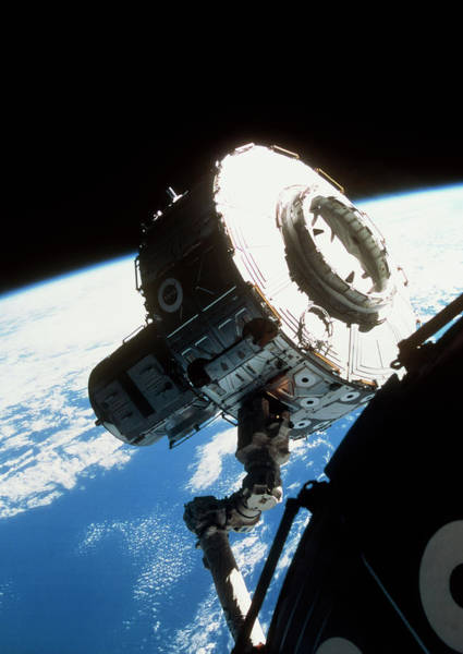 International Space Station Photograph - Iss Quest Airlock by Nasa/science Photo Library