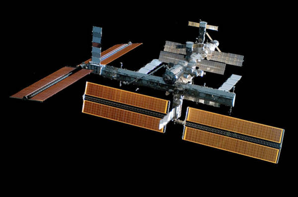 International Space Station Photograph - Iss With New Solar Panels by Nasa/science Photo Library