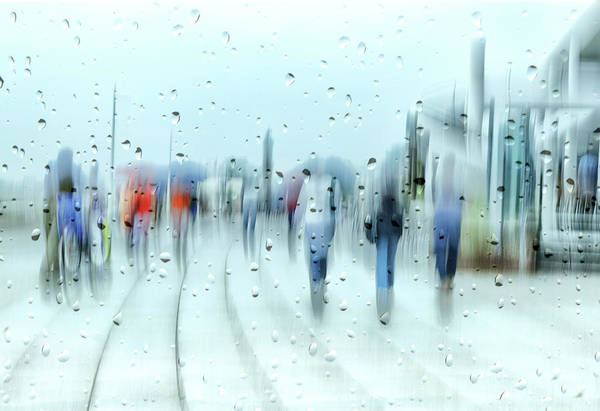 Drop Photograph - It`s Raining by Anette Ohlendorf
