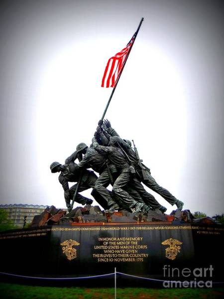 Wall Art - Photograph - Iwo Jima Memorial by Ed Weidman