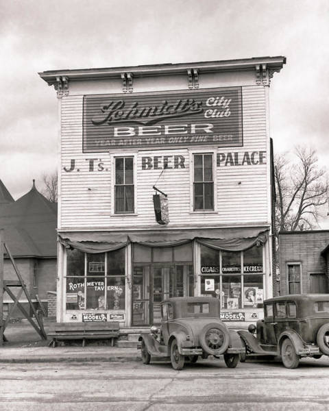 Wall Art - Photograph - J. T. 's Beer Palace  1940 by Daniel Hagerman