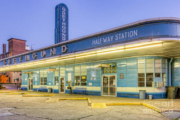 Photograph - Jackson Greyhound Bus Station IIi by Clarence Holmes
