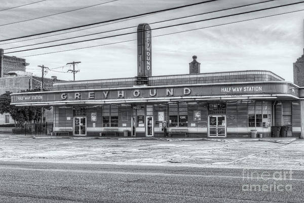 Photograph - Jackson Greyhound Bus Station Viii by Clarence Holmes
