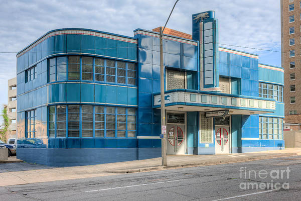 Photograph - Jackson Mississippi Greyhound Bus Station IIi by Clarence Holmes