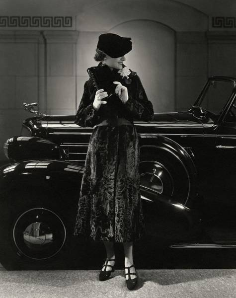 Vintage Car Photograph - Jane Powell Standing In Front Of A Vintage Car by Edward Steichen