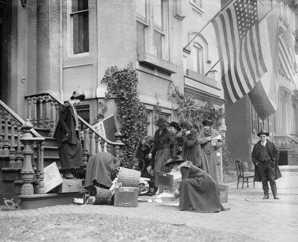 Wall Art - Photograph - January 7, 1920 - Suffrage Fire by Stocktrek Images