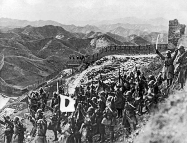 Wall Art - Photograph - Japanese Army In China by Underwood Archives