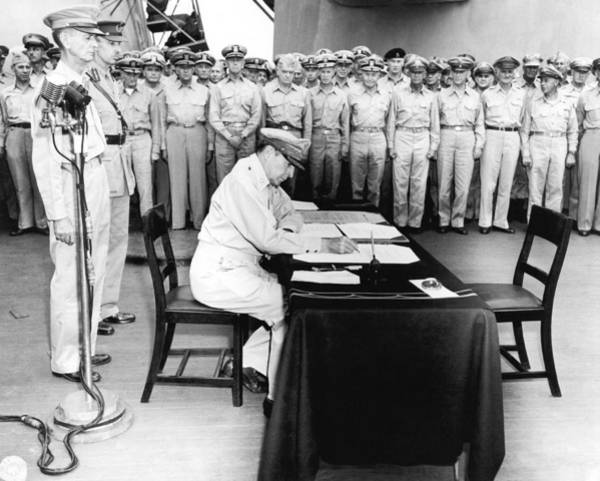 Wall Art - Photograph - Japanese Surrender Ceremony by Underwood Archives