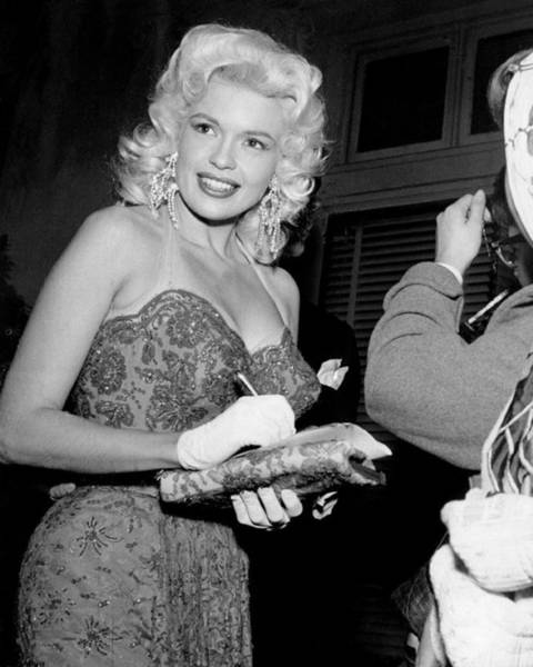 Wardrobe Wall Art - Photograph - Jayne Mansfield Signs Autograph by Retro Images Archive