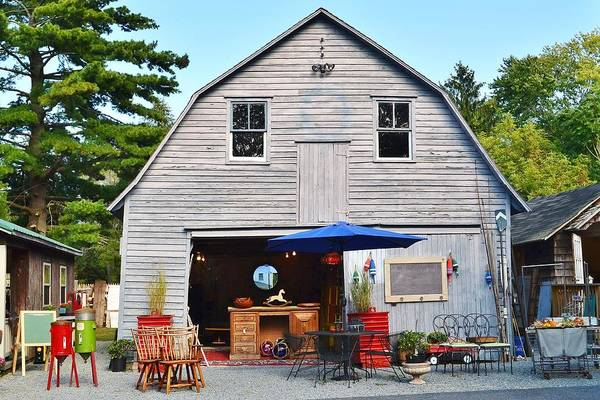 Bemis Photograph - The Old Barn At Jaynes Reliable Antiques And Vintage by Kim Bemis