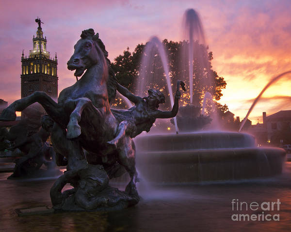 Country Club Plaza Photograph - Jc Nichols Fountain by Dennis Hedberg