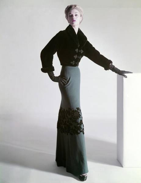 Floral Photograph - Jean Patchett Wears A Mainbocher Jacket by Horst P. Horst