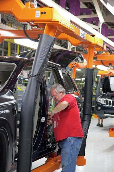 Cherokee Wall Art - Photograph - Jeep Grand Cherokee Assembly Line by Jim West