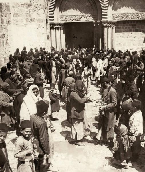 Church Of The Holy Sepulcher Photograph - Jerusalem Holy Sepulcher by Granger