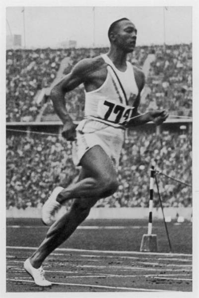 Wall Art - Photograph - Jesse Owens  Jesse Owens Breaks The by Mary Evans Picture Library
