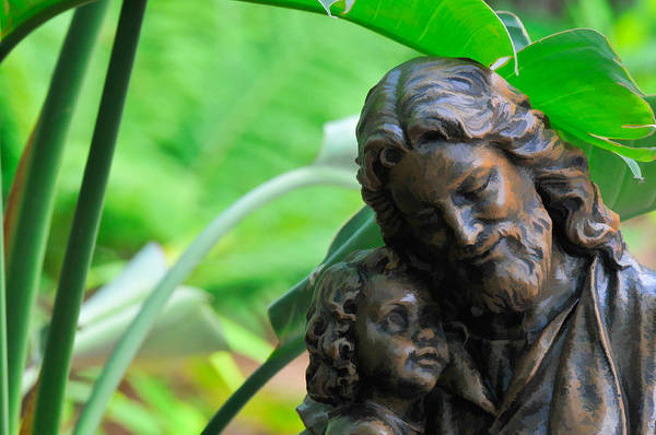 Photograph - Jesus And Child Statute by Ginger Wakem