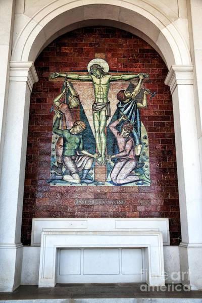 Wall Art - Photograph - Jesus E Pregado Na Cruz by John Rizzuto
