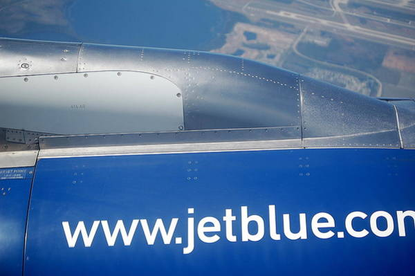 Jetblue Wall Art - Photograph - Jet Blue Airline by Linda Rae Cuthbertson