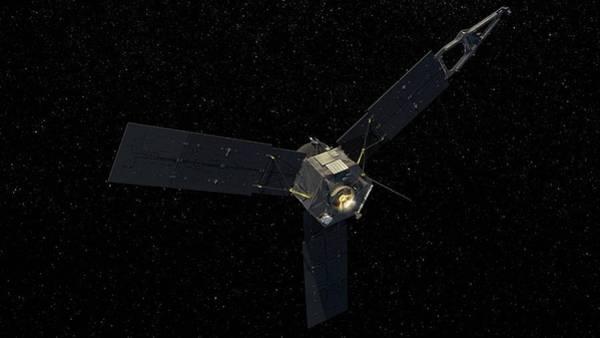Jet Propulsion Laboratory Photograph - Juno Spacecraft by Nasa