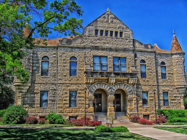 Kansas State University Photograph - Kansas State's Holton Hall by Mountain Dreams
