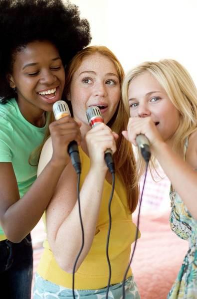 Talent Photograph - Karaoke by Ian Hooton/science Photo Library