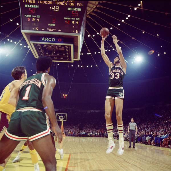 Wall Art - Photograph - Kareem Abdul Jabbar Shooter by Retro Images Archive