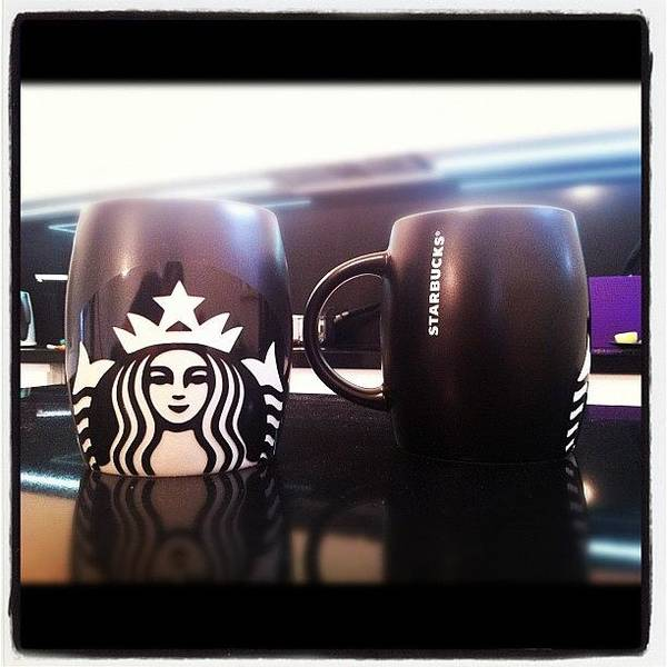 Wall Art - Photograph - Starbucks by Bartosz Topolski