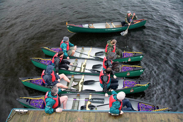 Canoeist Wall Art - Photograph - Kayakers In Scotland At Luss Harbor by Joel Santos