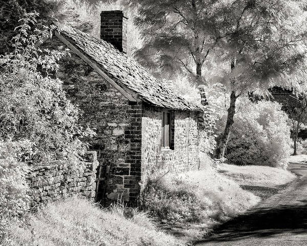 Kelmscott Cottage Art Print