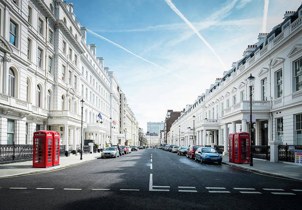 Pay Photograph - Kensington Gardens by Win-initiative