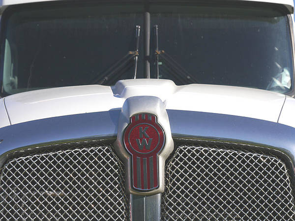 Photograph - Kenworth Trucking by Richard Reeve
