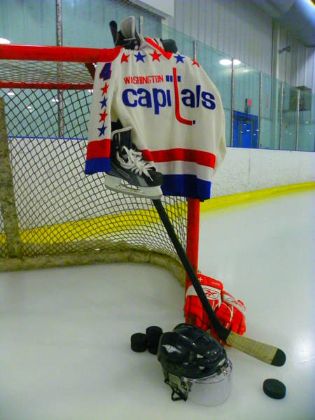 Photograph - Kevin Hatcher Vintage Home Hockey Jersey by Lisa Wooten