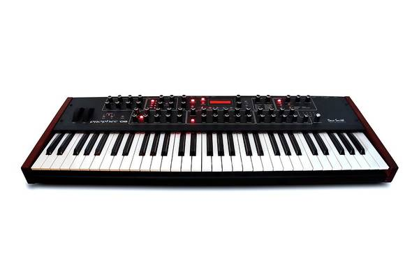 Keyboard Instrument Wall Art - Photograph - Keyboard Synthesiser by Victor De Schwanberg/science Photo Library