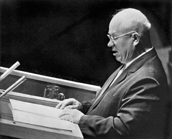 Cold War Photograph - Khrushchev At United Nations by Underwood Archives
