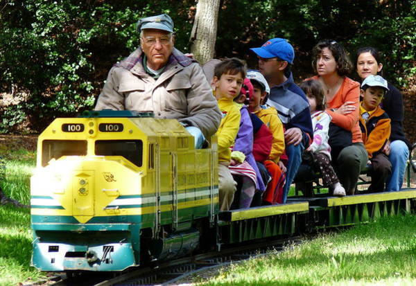 Photograph - Kiddie Train Ride by Jeff Lowe