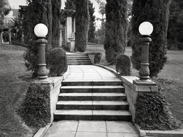 Wall Art - Photograph - Kimberly Crest - Stairway Entry by Glenn McCarthy