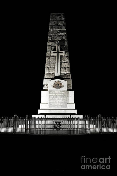 Photograph - Kings Park State War Memorial by Yew Kwang