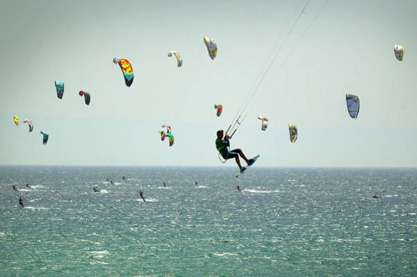 Offbeat Photograph - Kite Surfers Attempt Guinness World by Sergio Camacho