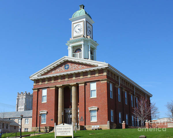 Vernon County Photograph - Knox County Courthouse  2601 by Jack Schultz