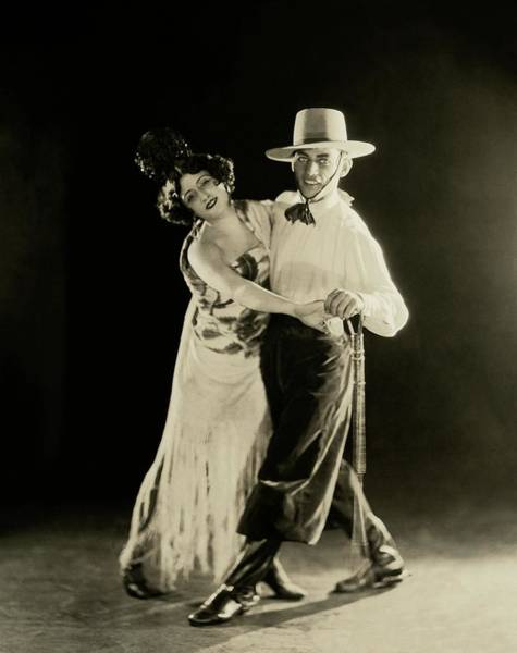 1922 Photograph - La Argentina Dancing With A Man by James Abbe