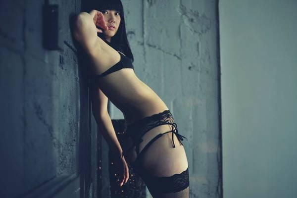 Belly Photograph - La Femme by ??????[u-kei]