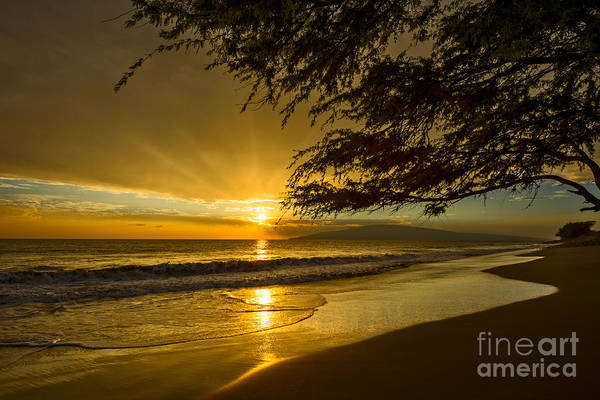 Maui Sunset Photograph - Lahaina Sun Burst by Jamie Pham