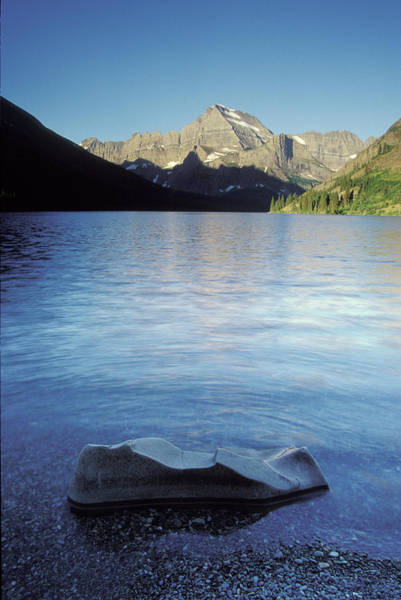 Away From It All Wall Art - Photograph - Lake Josephine In Early Morning by Henry Georgi