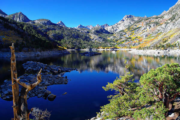 Inyo Mountains Photograph - Lake Sabrina Fall Morning by Scott McGuire