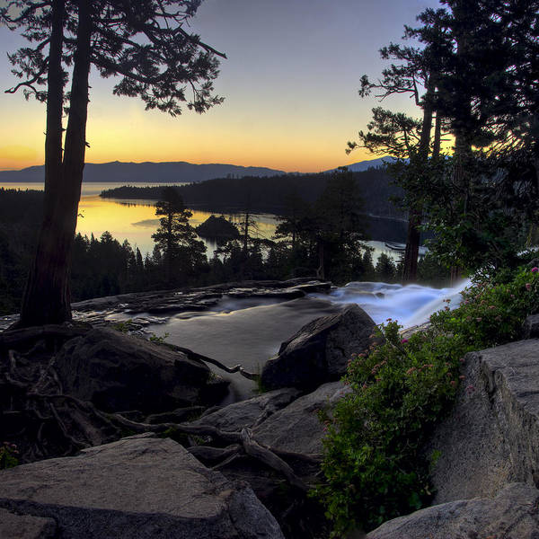 Photograph - Lake Tahoe Sunrise by Dave Dilli