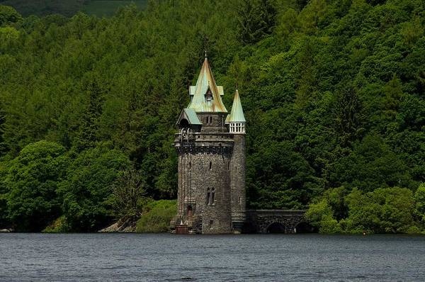 Photograph - Lake Vyrnwy Straining Tower by Stephen Taylor