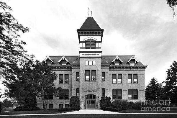 Photograph - Lakeland College Old Main Hall by University Icons