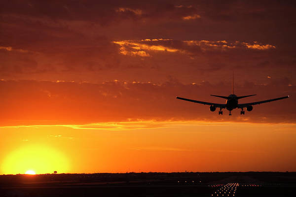 Wall Art - Photograph - Landing Into The Sunset by Andrew Soundarajan