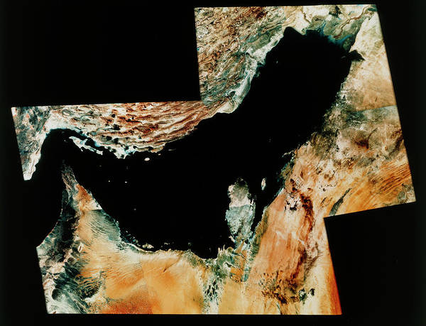 Bahrain Photograph - Landsat Image Of Persian Gulf & Strait Of Hormuz by Mda Information Systems/science Photo Library
