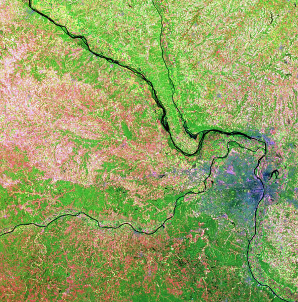 Wall Art - Photograph - Landsat View Of St.louis & Mississippi In 1988 by Mda Information Systems/science Photo Library